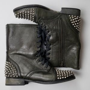 Steve Madden Tarnney leather boots